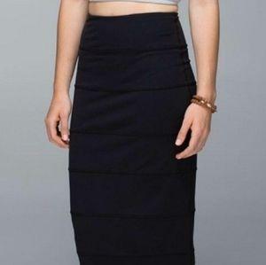 Lululemon Yoga Over Skirt Pencil Black 4 Bodycon
